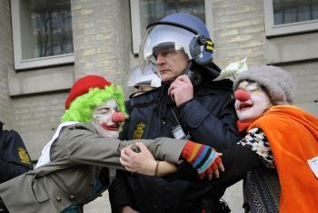 activist-clowns